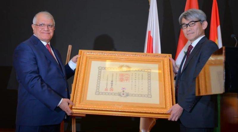 تكريم السيد ازاد يحيى باجگر رئيس مجلس إدارة مجموعة جيهان بميدالية من إمبراطور اليابان.